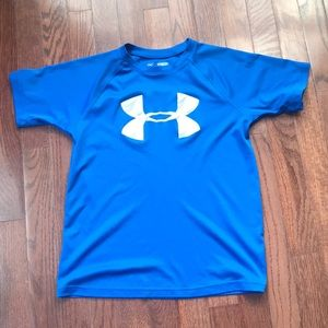 Under Armour EUC boys dri fit shirt